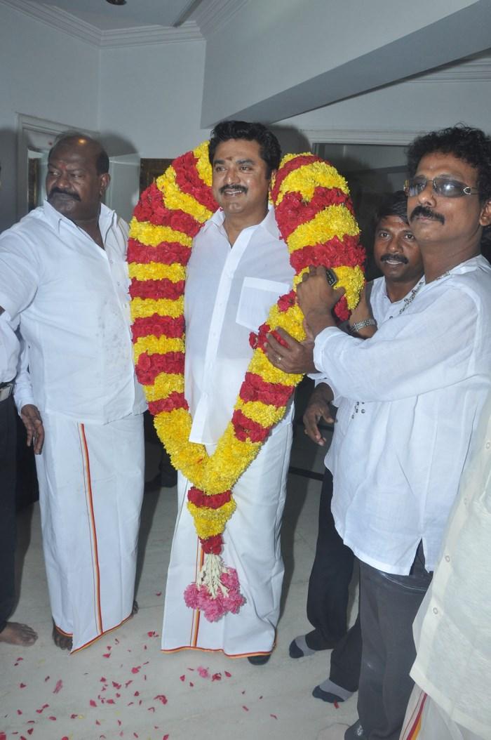 Picture 513933 | Actor Sarathkumar Birthday Celebration 2013 ...