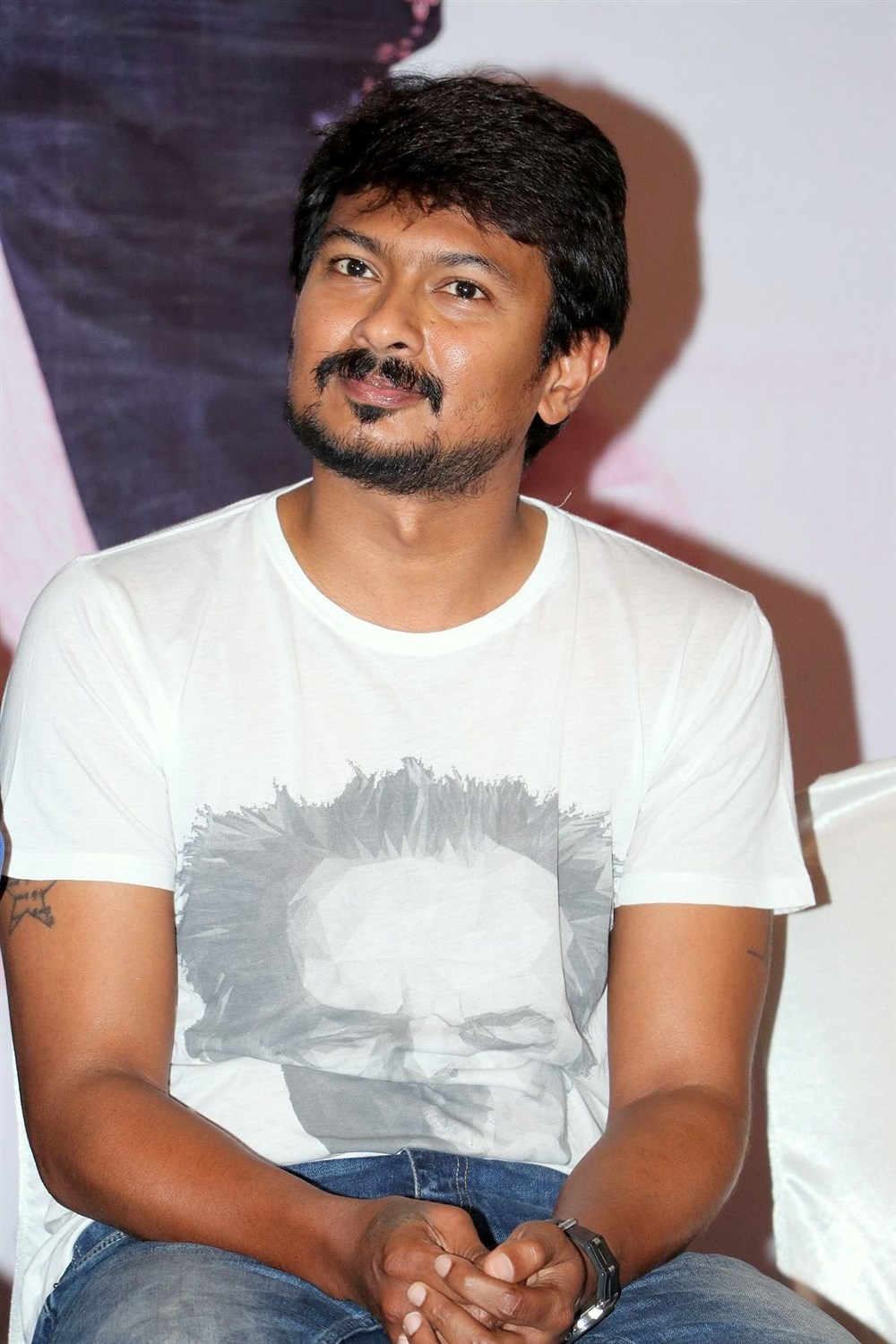 Actor Udhayanidhi Stalin @ Saravanan Irukka Bayamaen Success Meet Photos