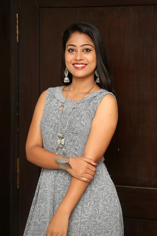 Actress Sarika Photos @ Jigel Raja Movie Opening