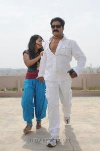 Srihari, Neenu Karthika in Sarkar Gunda Telugu Movie Stills