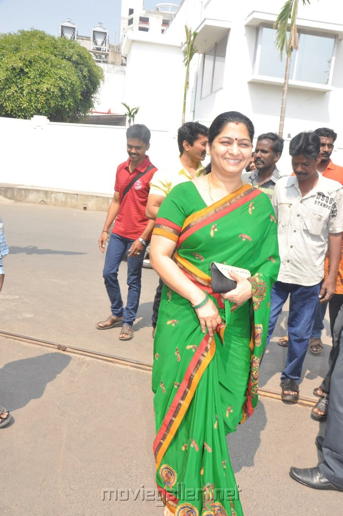 700 x 1054 jpeg 182kB, ... of Oru Real Life Chennai Nattu Kattai ...