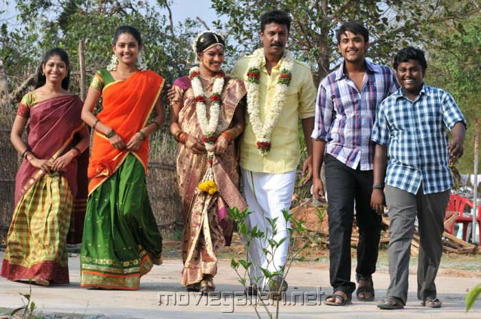 http://moviegalleri.net/wp-content/gallery/sattai-movie-stills/sattai_movie_stills_4718.jpg