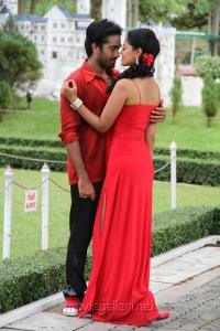 Thaman Kumar, Bindu Madhavi in Sattam Oru Iruttarai Tamil Movie Stills