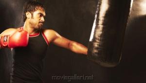 Actor Thaman Kumar in Sattam Oru Iruttarai Photos