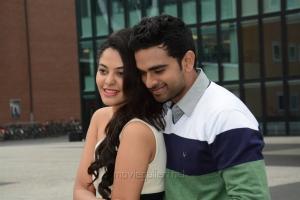 Bindu Madhavi, Ashok Selvan in Savale Samali Movie Latest Stills