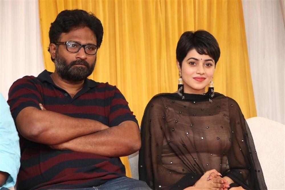 Ram, Poorna @ Savarakathi Movie Thanks Giving Meet Photos