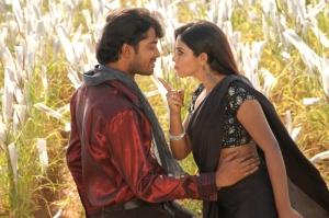 Allari Naresh, Poorna @ Seema Tapakai Movie Stills