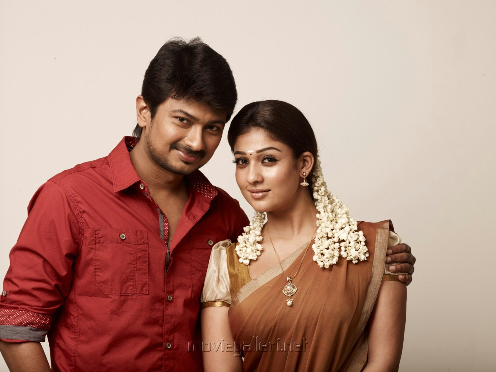 Udhayanidhi Stalin, Nayanthara in Seenugadi Love Story Movie Stills