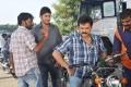 Mahesh Babu, Venkatesh at Seethamma Vakitlo Sirimalle Chettu Movie Working Stills