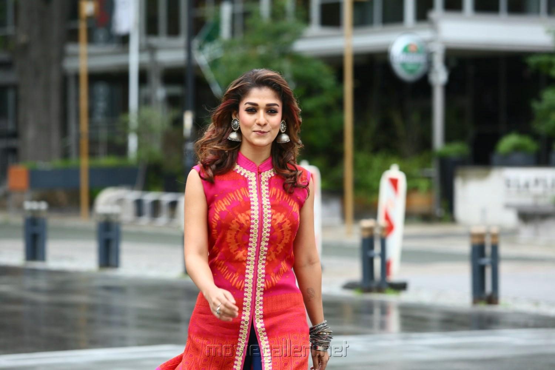 Nayanthara latest movie 2016 - 2 guns dvd download