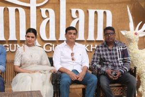 Samantha, Dil Raju, Gunasekhar @ Shakuntalam Movie Launch Stills