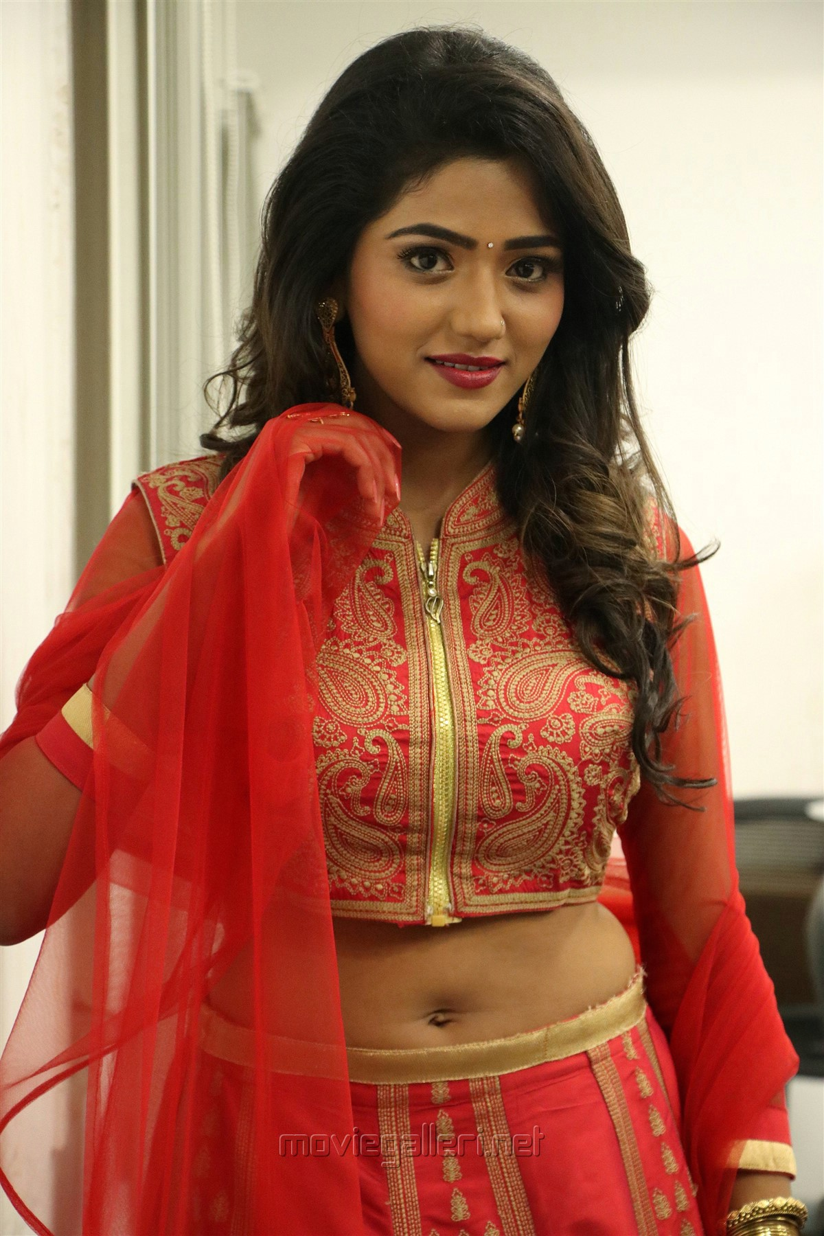 En Kadhali Scene Podura Actress Shalu Chourasiya Hot HD Images