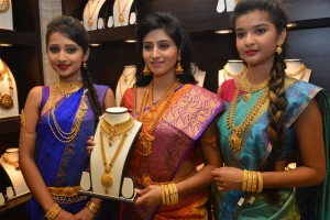 Shamili Sounderajan Showcases CMR Jewels Exclusive Jewellery Collection, Hyderabad