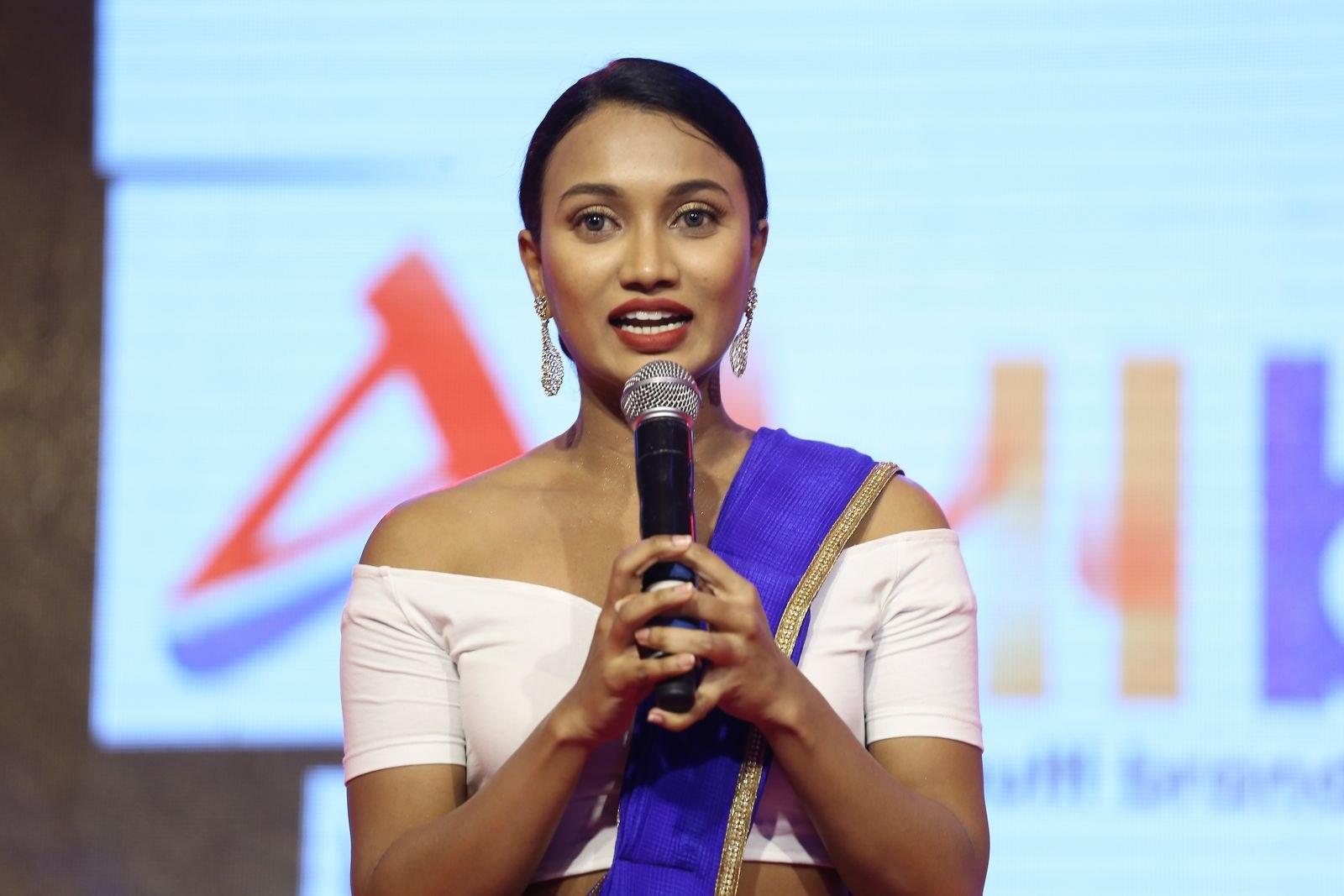 Anchor Sharmila Kasala Stills @ Darsakudu Audio Launch