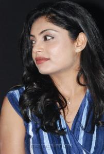 shikha_tamil_actress_hot_stills_1137