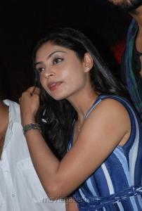 shikha_tamil_actress_hot_stills_1977