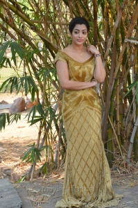 Actress Saara Deva @ Shivalinga Movie Press Meet Stills