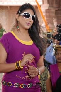 Bhaaja Bhajantreelu Heroine Sivani Hot Stills