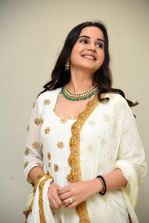 Actress Shivshakti Sachdev Photos @ Amaram Akhilam Prema Teaser Launch