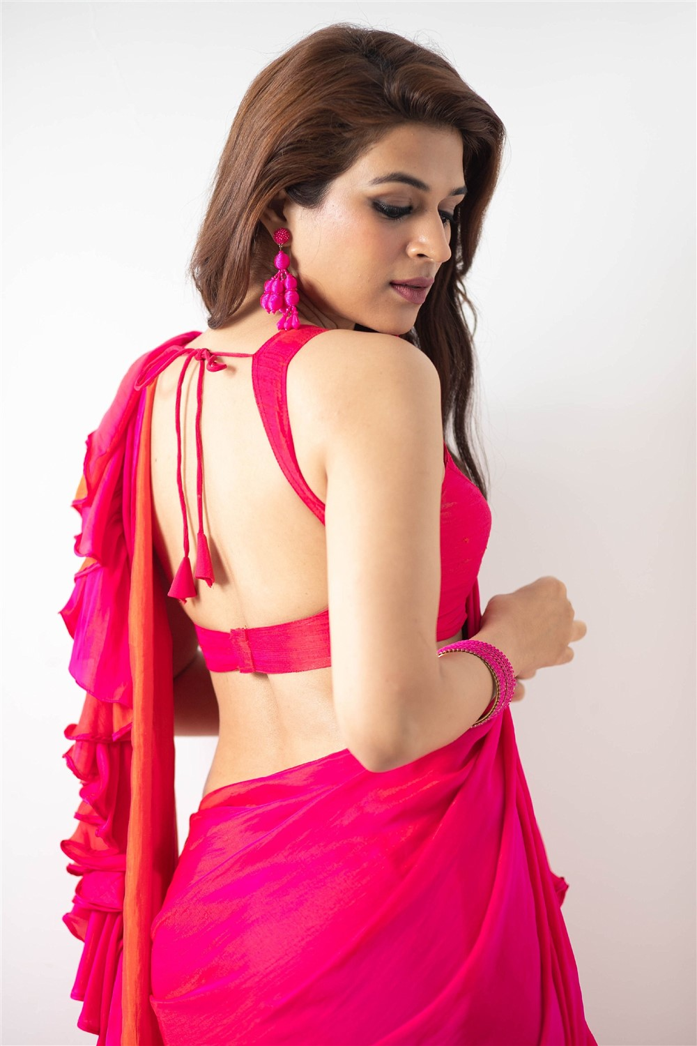 Actress Shraddha Das Glam Photoshoot Pictures