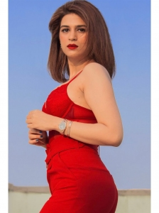 Actress Shraddha Das Glam Hot Photoshoot Pictures