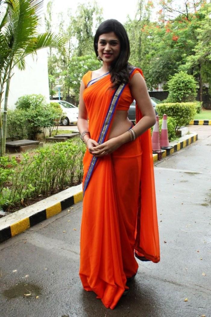 picture 266432 shraddha das hot orange saree photo