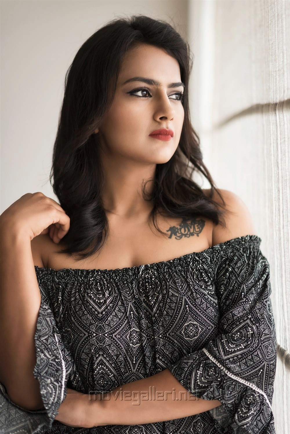 Tamil Actress Shraddha Srinath Photoshoot Pics