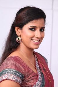 Shravya Reddy Saree Hot Photos in NRI Telugu Movie