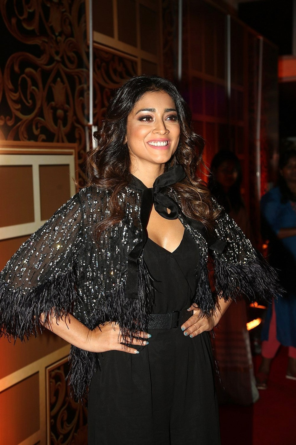 Actress Shriya Saran Pictures @ Zee Telugu Kutumbam Awards 2019 Red Carpet