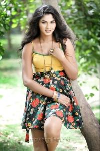 Actress Shruti Reddy Latest Hot Photo Shoot Pics