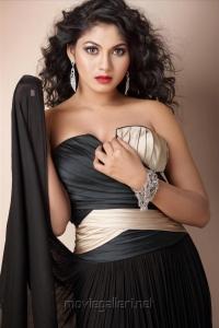 Actress Shruthi Reddy Hot Photo Shoot Images