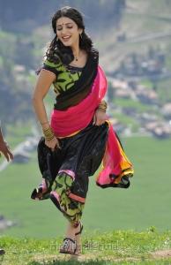 Shruti Hassan Hot in Gabbar Singh Stills