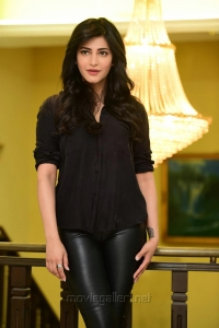 Actress Shruti Hassan in Black Relaxed Shirt & Tight Leather Pants