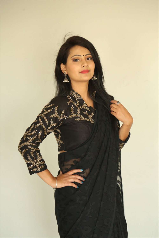 Darpanam Movie Actress Shubhangi Pant Black Saree Images