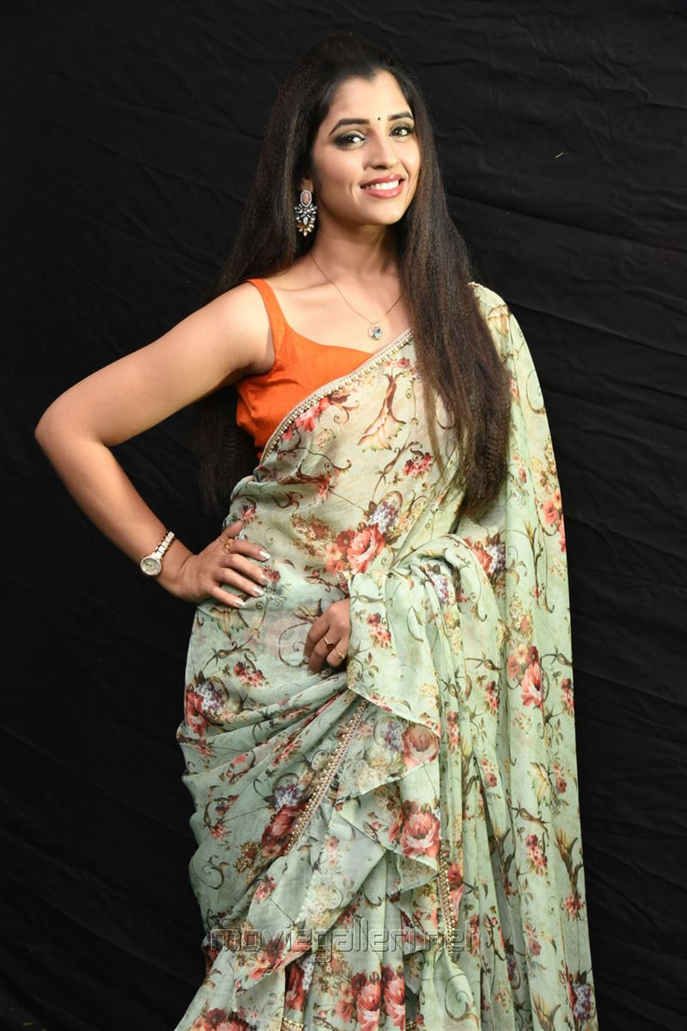 Anchor Shyamala Saree Photos @ Kavacham Movie Audio Launch