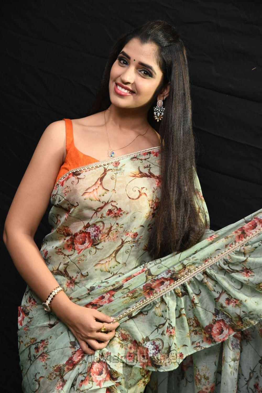 Anchor Syamala Saree Photos @ Kavacham Movie Audio Launch