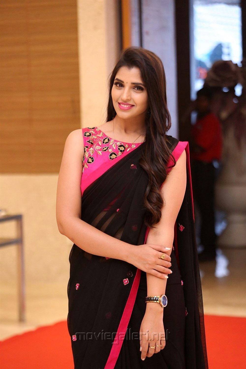 Anchor Shyamala Saree New Images @ Next Enti Pre-Release Event