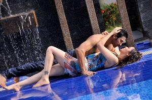 Mogalirekulu Sagar, Ragini Nandwani in Siddhartha Movie Hot Photos