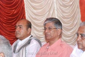 Vijayakumar, SA Chandrasekar Stills