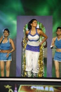Priyamani at South Indian International Movie Awards 2012 Photos
