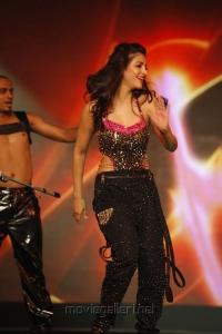 Shruthi Haasan at South Indian International Movie Awards 2012 Photos