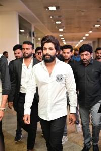 Actor Allu Arjun @ SIIMA Awards 2021 Function
