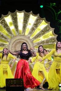 Actress Aishwarya Rajesh Dance @ SIIMA 2021 Awards Function