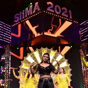 Actress Aishwarya Rajesh Dance @ SIIMA Awards 2021 Function