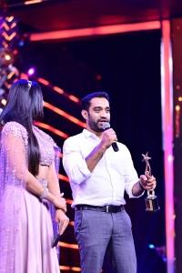 Anoop Sathyan won Best Debutant Director award for Varane Avashyamund movie @ SIIMA Awards 2021