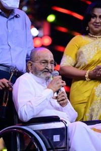 Kalatapasvi K Vishwanath @ SIIMA Awards 2021 Function