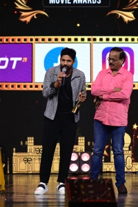 Karthik won Best Playback Singer (Male) (Tamil) award for Anbe Anbin song Peranbu movie @ SIIMA Awards 2021