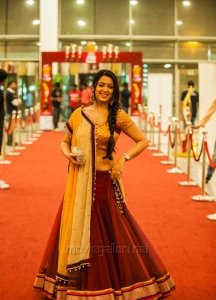 Charmi @ SIIMA Awards 2013 Day 2 Photos