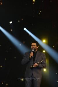 R Madhavan @ SIIMA Awards 2018 Function Photos (Day 1)