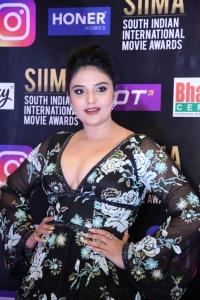 Sree Mukhi @ SIIMA Awards 2021 Red Carpet Day 1 Photos